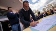 """Daniel Capitanich firmó convenio con consorcios rurales """"para el desarrollo de la agricultura familiar"""""""