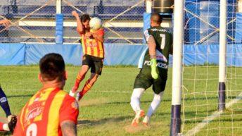 """Federal """"A"""": Sarmiento se hizo fuerte en Formosa y quedó a tiro de la punta"""