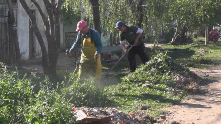 Equipo Hábitat concreta un operativo integral de limpieza en ocho barrios de la zona suroeste