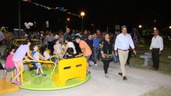 Junto a los vecinos, Capitanich inauguró la plazoleta René Favaloro en el barrio 130 Viviendas