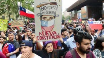 Arde Chile: una encuesta revela que ocho de cada diez están a favor de la reforma constitucional