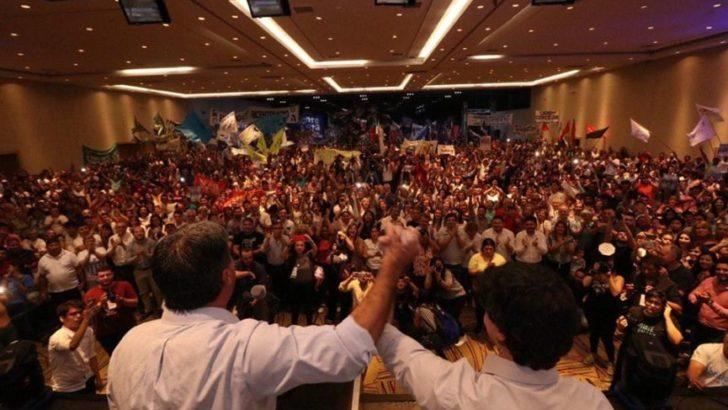 En el cierre de campaña, Coqui no se guardó nada contra Gustavo y Zdero