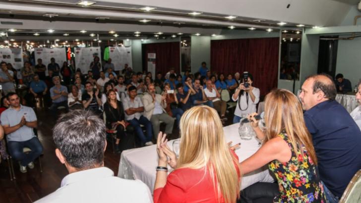 """Expo Textil Cooperativa 2019: """"apostar al trabajo y la producción nacional para el desarrollo y el crecimiento"""""""