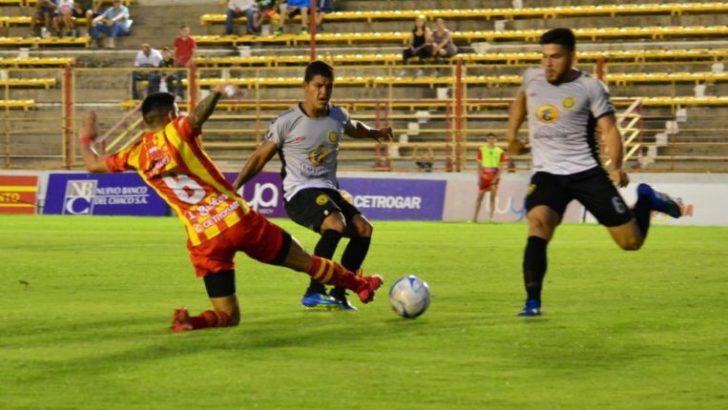 """Federal """"A"""": Sarmiento no pudo cerrar la semana como puntero"""