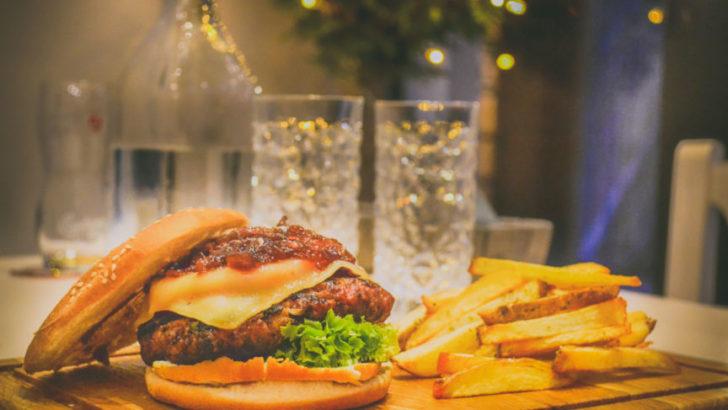 Invitan a locales gastronómicos a sumarse al Black Friday 2019