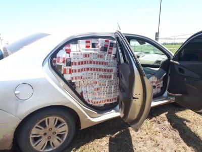 Agentes de Vedia y Bermejo incautaron el mayor cargamento de cigarrillos ilegales 1