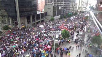 Colombia: denuncian la detención de tres periodistas que cubrían una protesta