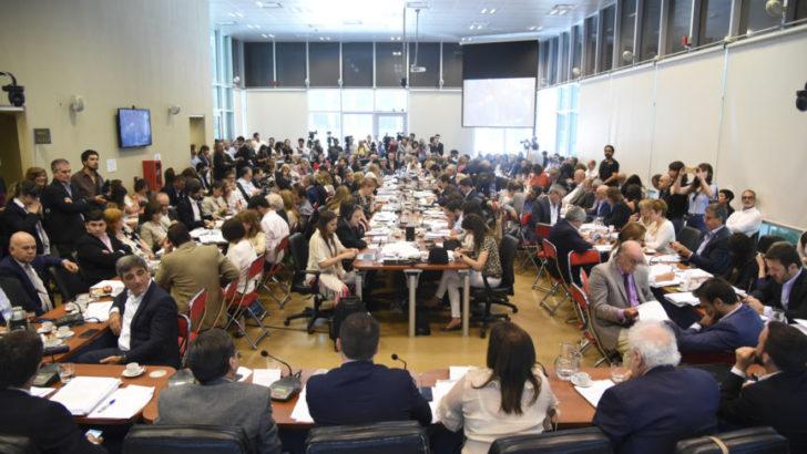 Este jueves, el oficialismo buscará aprobar la Ley de Solidaridad y Reactivación Productiva