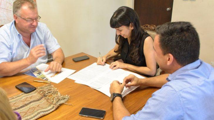 Castelli: Analía gestionó la concesión del predio anexo del Gualok II para el Municipio