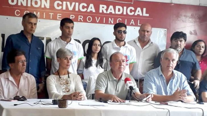 """Jugando a la política: Encuentro Cívico pide a Capitanich que """"sus concejales"""" deroguen la suba de impuestos"""