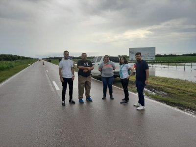 Ministra de seguridad y subjefe de Policía recorren las localidades afectadas por la lluvia 1
