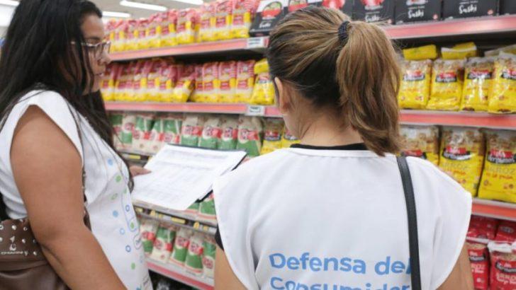 Tarjetas Alimentar: Defensa del Consumidor suspendió a dos supermercados más por no respetar el convenio