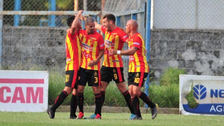 Torneo Federal A: Sarmiento ganó de visitante y es líder en soledad