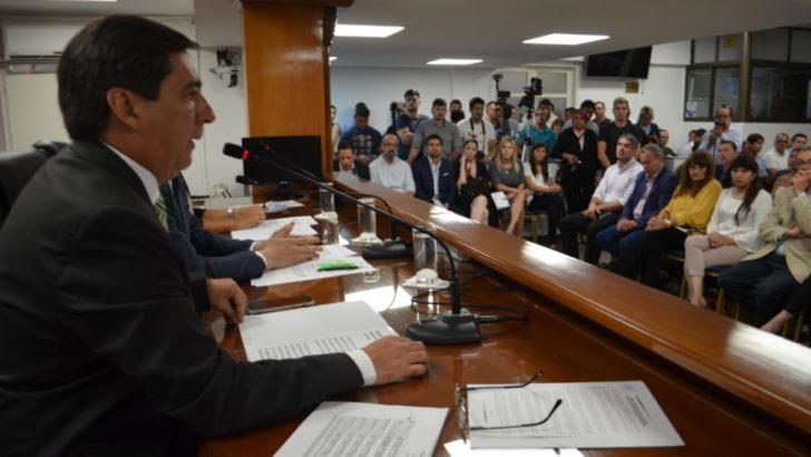 Gustavo Martínez inauguró el periodo de sesiones ordinarias del Concejo municipal