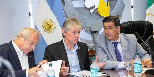 """Sager: """"La industrialización debe estar acompañada por medidas del Estado que fortalezcan el consumo local"""""""