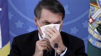 Brasil, en vilo, por saber si Bolsonaro tiene coronavirus o sólo una «gripeciña»