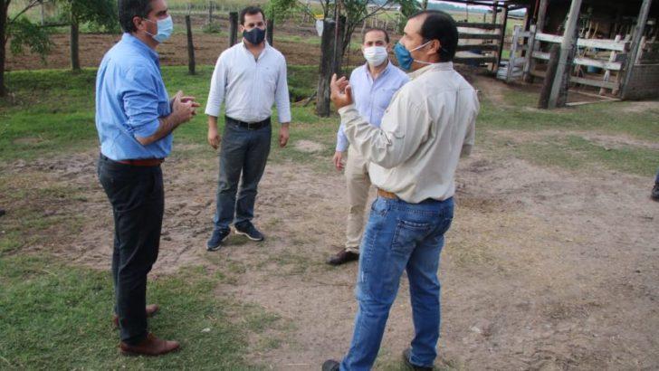 El gobernador visitó un tambo lechero que contará con apoyo provincial para su industrialización