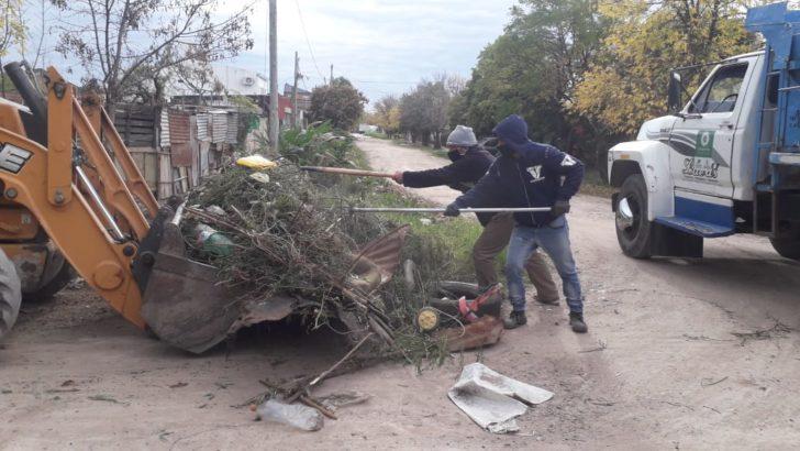 El Municipio intensifica los trabajos de limpieza en los barrios