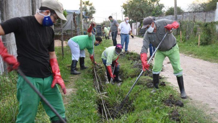 El Municipio refuncionalizó desagües en barrios de la zona sur de la ciudad de Resistencia