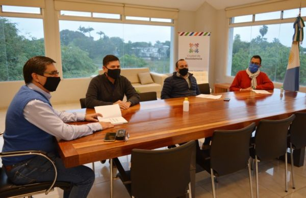 Gustavo Martínez expuso sus planes de arbolado y recuperación lacustre ante la Red de Municipios 1