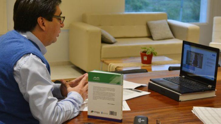 Gustavo Martínez expuso sus planes de arbolado y recuperación lacustre ante la Red de Municipios