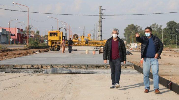 Área metropolitana: Capitanich supervisó obras de pavimento