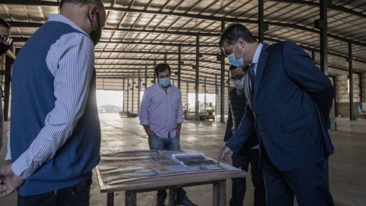 """Capitanich recorrió la fábrica metalúrgica de """"Palacio Hermanos"""""""