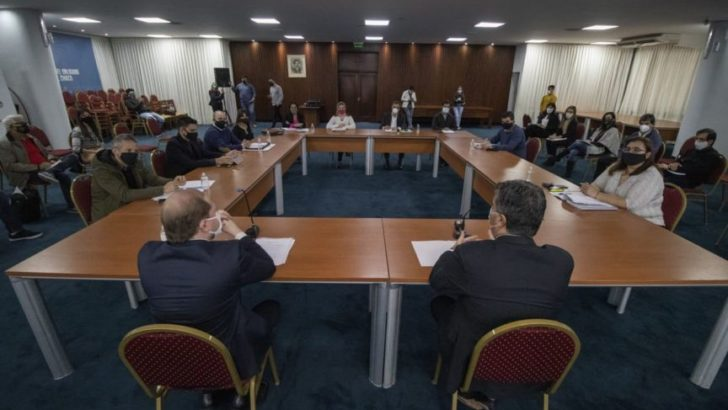 Punta pie inicial para alcanzar el convenio colectivo de trabajo de la administración pública
