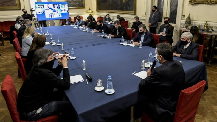 Al menos en Diputados, hubo acuerdo con bloques políticos para mantener el trabajo virtual
