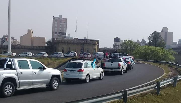 La Justicia chaqueña ordenó el libre tránsito en el Puente General Belgrano