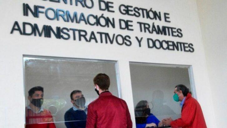 Docentes: Educación fortalece la atención del Centro de Gestión de Trámites