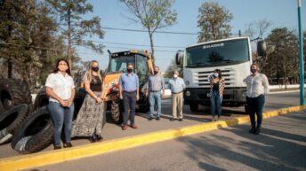 En La Escondida, Capitanich entregó equipamiento a municipios y visitó la planta de tratamiento de residuos
