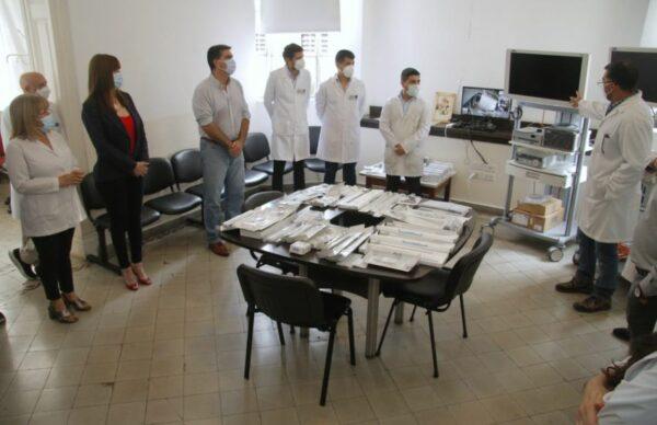 Entregaron equipos de alta tecnología para mejorar técnicas quirúrgicas en el Perrando 1