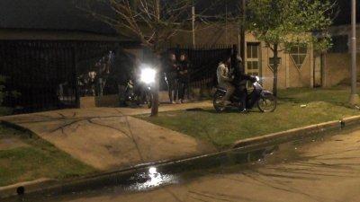 La Policía tuvo que intervenir en 12 fiestas clandestinas en la madrugada de este domingo