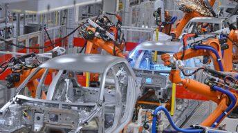 Reconstrucción: en septiembre, subió la producción de autos, cemento y motos