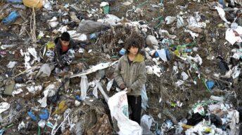 Unicef y Banco Mundial advierten que uno de cada seis niños vive en la pobreza extrema