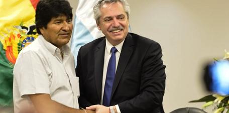 Alberto despide a Evo Morales, en La Quiaca