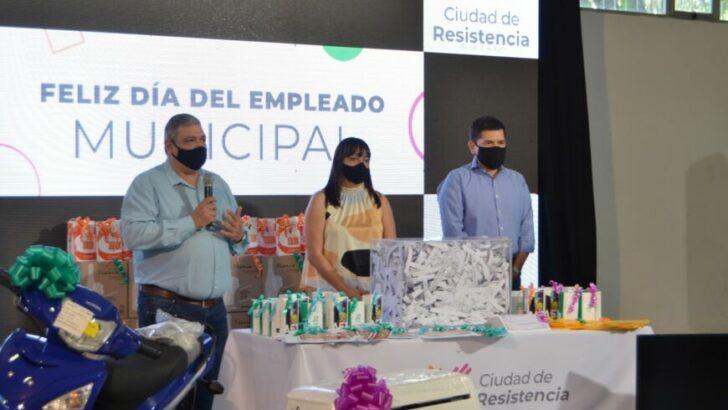 Con importantes sorteos, la Municipalidad de Resistencia saludó a los empleados municipales en su día