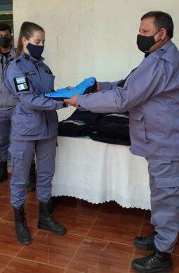 En Corzuela, continuaron con la entrega de uniformes policiales y reparaciones edilicias 1