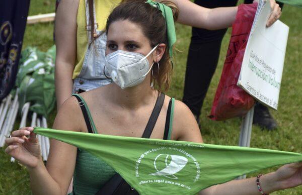 Frente al Congreso, miles de pañuelos verdes pidieron la legalización del aborto 1