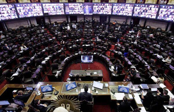 IVE: Diputados espera aprobar la legalización del aborto antes de fin de año