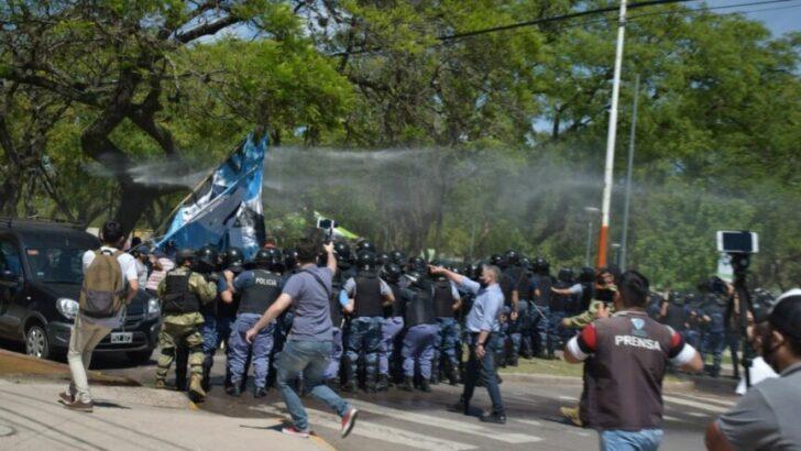 Tras la represión, Libres del Sur marchará este jueves por la libertad de los detenidos y la renuncia de Olivello