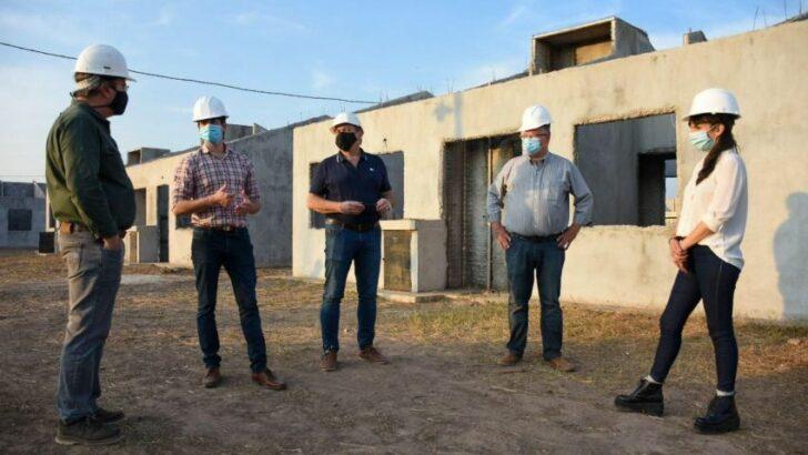 Aseguran que se activó la construcción de 800 obras en la provincia