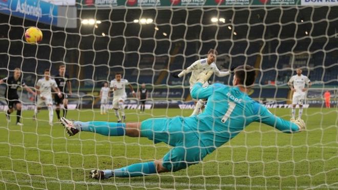 Leeds volvió al triunfo
