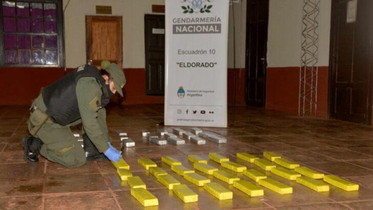 Secuestran más de 319 kilos de marihuana abandonados en el monte misionero