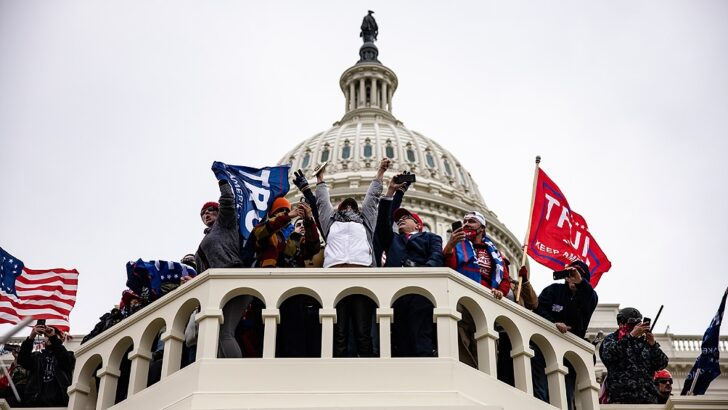 Ataque al Capitolio: otra congresista demócrata dio positivo en coronavirus, tras el asalto
