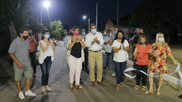 Fontana: la Provincia inauguró pavimento urbano e iluminación led