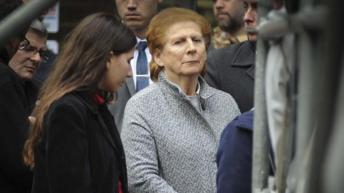 Por presunto lavado de dinero, embargan bienes y cuentas a la madre y a la hermana de Nisman