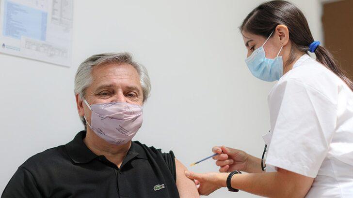 Sputnik V para mayores de 60: Alberto recibió la primera dosis de la vacuna