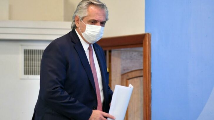 Alberto Fernández destacó el alto acatamiento de las medidas y ordenó sacar las vallas de Olivos